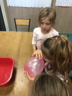 Fête de la science au centre culturel et en classe pour les Grandes Sections de l'école Maternelle